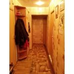 продам 2-комнатную квартиру на ул.  Тракторная,  3б