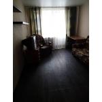 сдам хорошую 2-комнатную квартиру на ул.  Разина,  28 (центр)